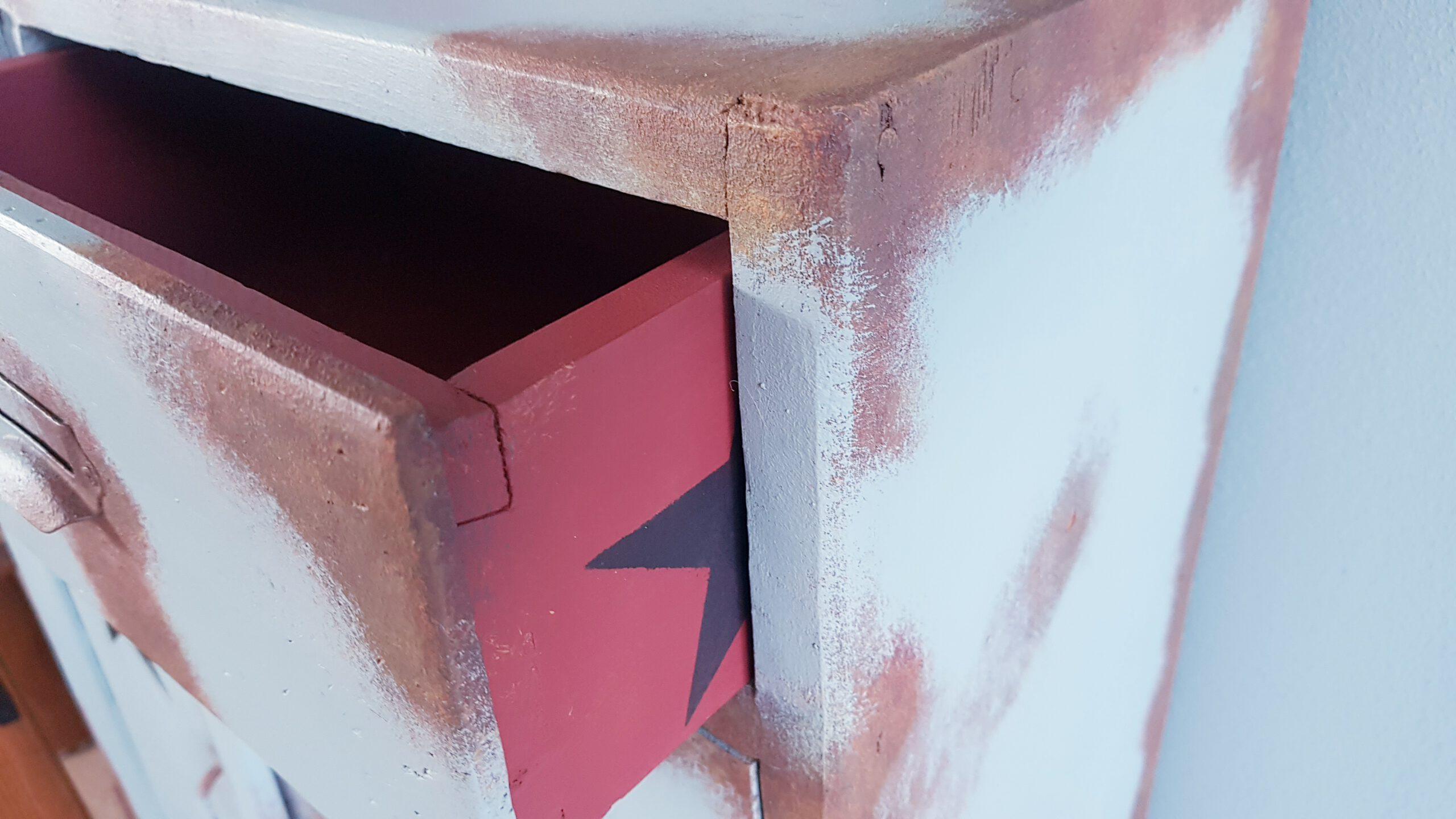 diy-möbel-upcycling-rost-look-effekt-streichen-kreidefarbe-kreativstattandrea-anleitung-wie man-saltwash-1